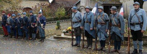le-lundi-11-novembre-1918-a-5-h-15-les-representants-des-allies-signaient-l-armistice-1478895315r
